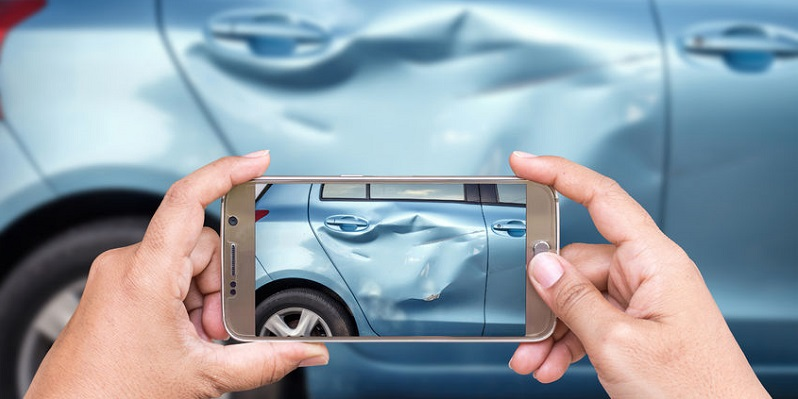 Using Handheld Devices to Tell Your Colorado Auto Accident Story