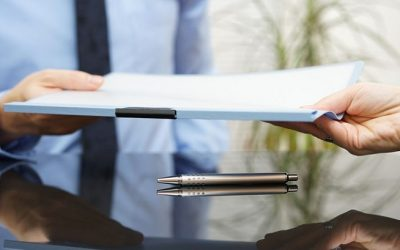 A Personal Injury Lawyer's Responsibilities to Clients