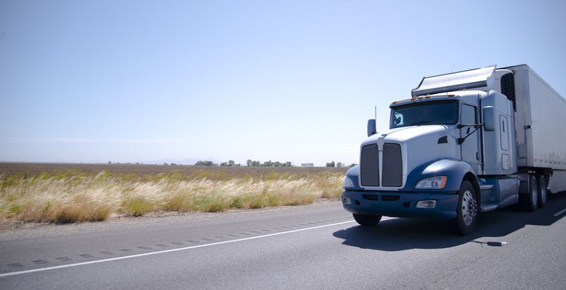 Risks of Long-haul Trucking Accidents in Colorado